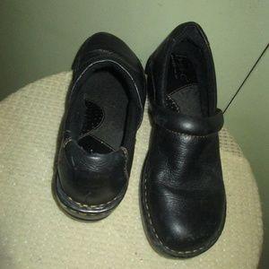 BOC Black Peggy Wedge Clogs Leather 7MW
